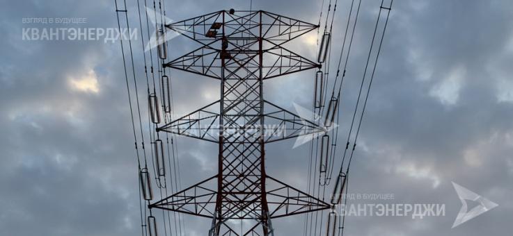 Фото Металлические решетчатые опоры ЛЭП 330 кВ