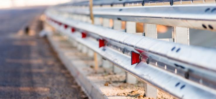 Фото Дорожные ограждения барьерного типа